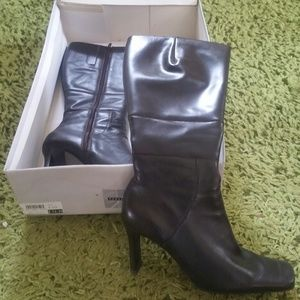 Parade of Shoes Stephanie Boots - Brown - Size 6.5